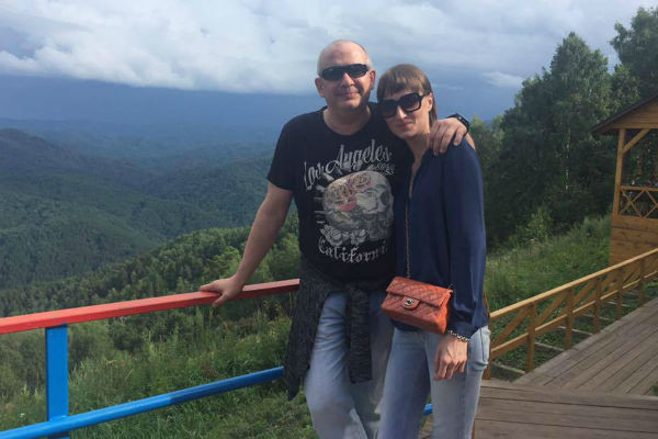 Дмитрий вместе с супругой Ксенией