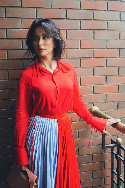 Канделаки обожает одежду от известных брендов и дорогие украшения