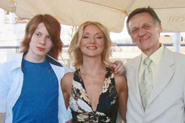 Обычно Никита встречается с Миколасом на семейных праздниках. Москва, 2010 год