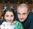 Михаил Турецкий устроил кулинарный мастер-класс для дочери
