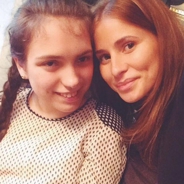 """Варя и Тата. """"Мои любимые девочки"""" - подписала снимок Светлана Бондарчук"""