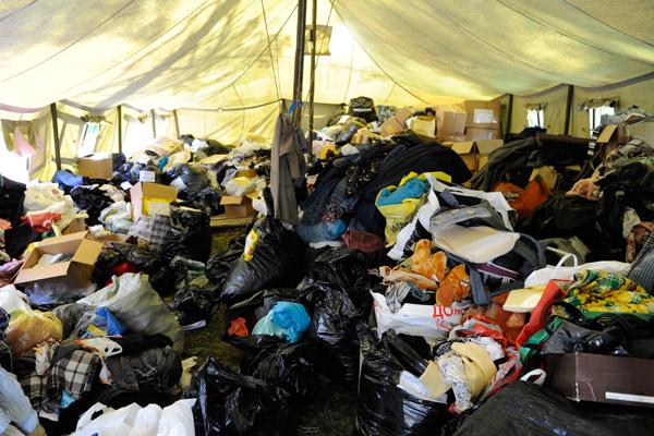 Ежедневно в санаторий привозят по четыре – шесть машин вещей, продуктов и всего самого необходимого