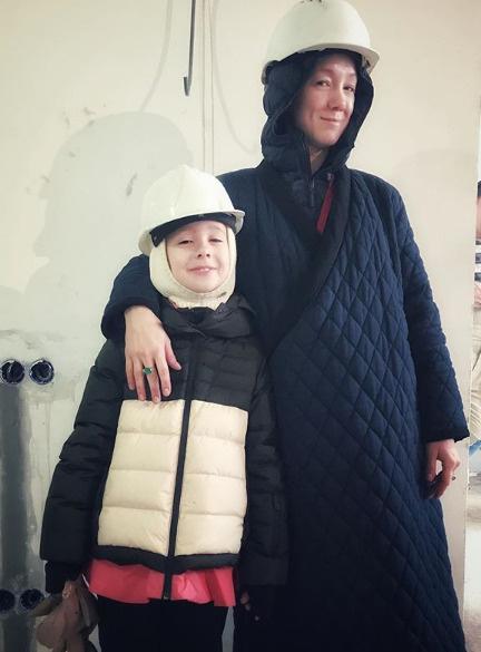 Дарья Мороз с дочерью Анной