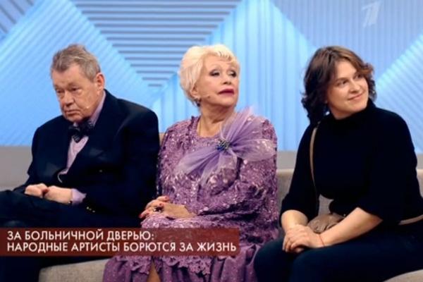 Николай Караченцов появился в студии программы