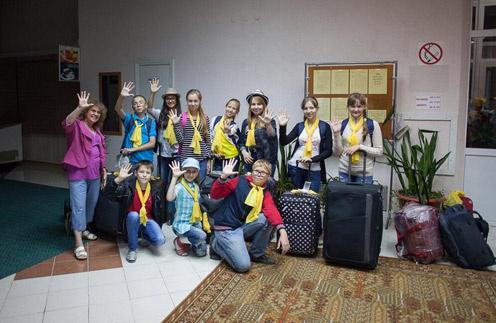 Участники хора направляются в Крым