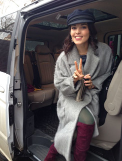 Сати Казанова и ее новый автомобиль