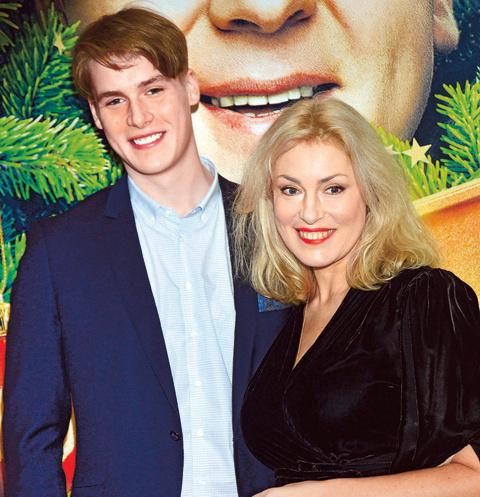 Мария Шукшина подарила сыну Макару искреннюю, добрую улыбку