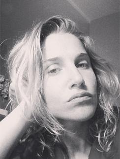 Юлия Ковальчук расстроена атакой на свой микроблог