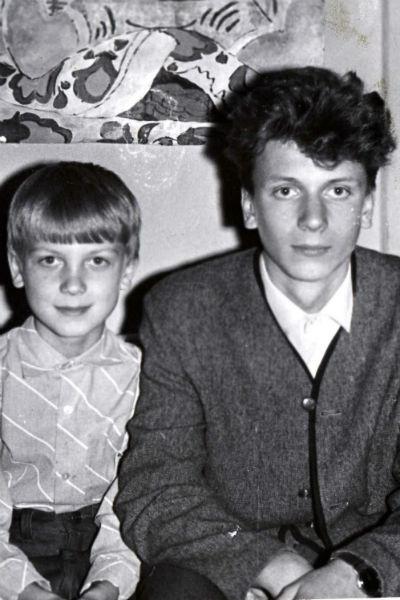 Старший брат актера Дмитрий радовался тому, что в их семье снова родился мальчик