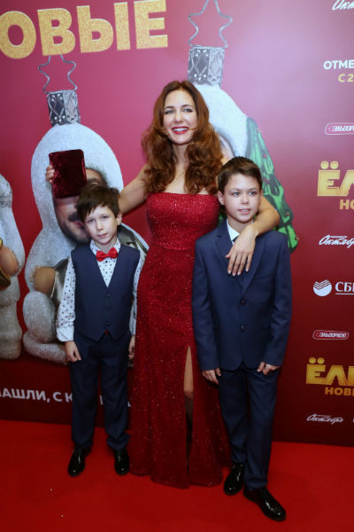 Екатерина Климова с сыновьями