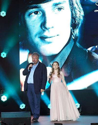 Сергей Степанченко и дочь Абдулова Женя