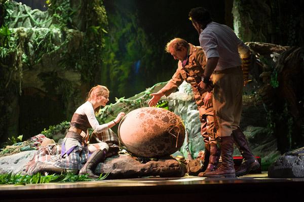 Фрагмент спектакля «Затеряный мир»