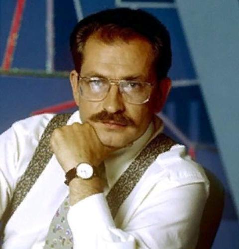 Экс-ведущий программы «Взгляд» опроверг версию Захарова об убийстве Влада Листьева