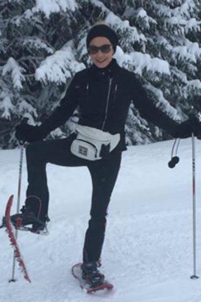 Во французские Альпы звездное семейство отправилось за настоящим снегом и рождественским настроением