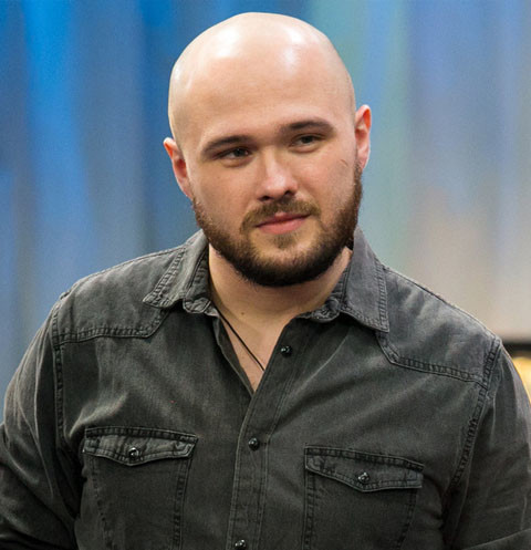 Участник шоу «ПЕСНИ» Родион Толочкин: «Учу людей медитировать, а артист – это прикрытие»