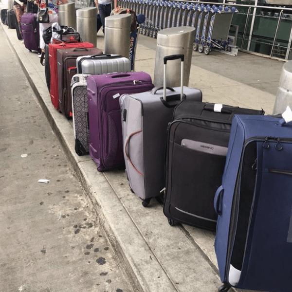 Елена поразила количеством чемоданов, с которыми улетает из США