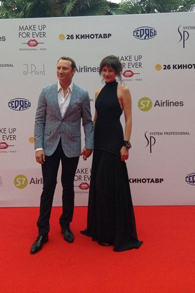 Анатолий Белый с супругой
