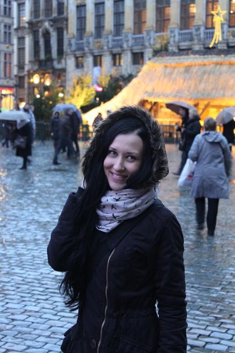 Галкина Елена в Брюсселе, на центральной площади