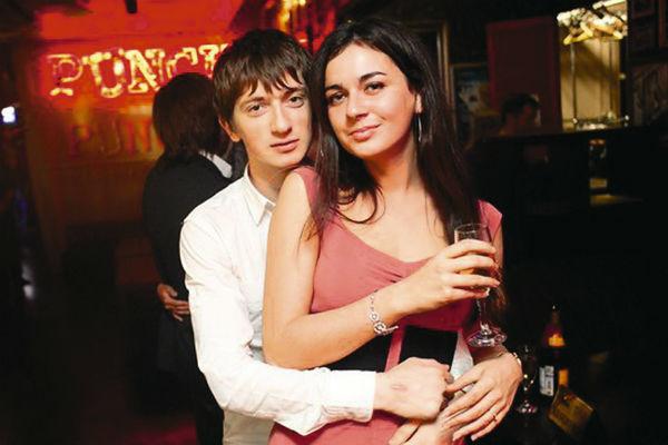 Владимир бросил девушку и отнял бизнес