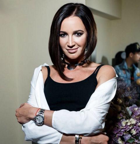 Ольга Бузова задумалась об увеличении груди
