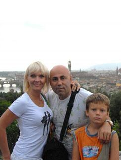 Сын певицы Валерии учится в Швейцарии.