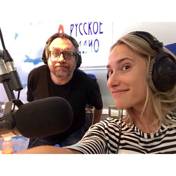 "Мария Кравцова заехала на ""Русское радио"""