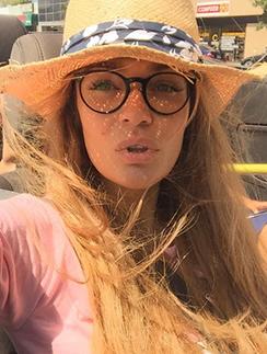 Алена Водонаева рада жаркой погоде в Калифорнии