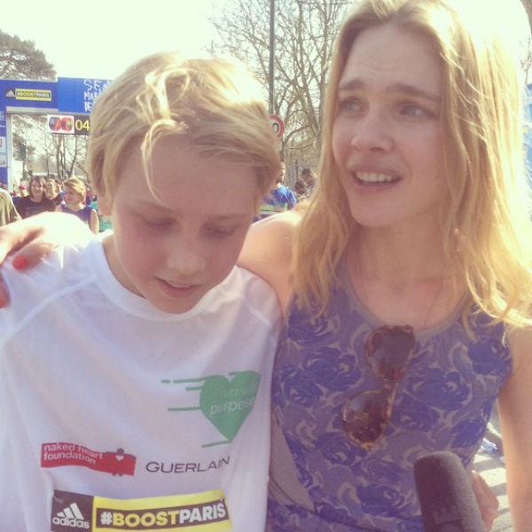 Наталья Водянова с сыном Лукасом на благотворительном забеге