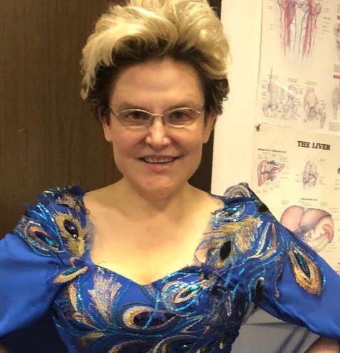 Елена Малышева кардинально сменила имидж