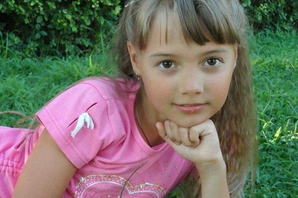Маленькой Наташе Долматовой снова требуется лечение