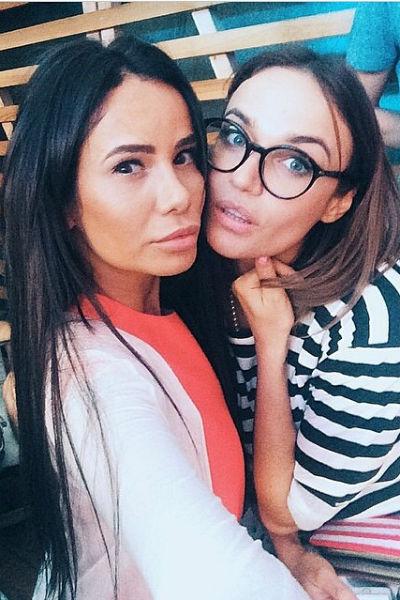 Алена Водонаева и Айза Долматова признавались друг другу в любви