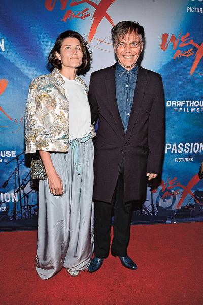 С женой Анной на премьере фильма о друзьях из группы X Japan