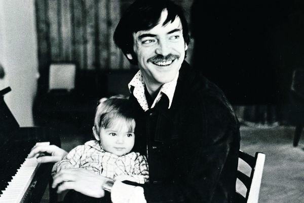 Актер с сыном Сергеем, 1981 год