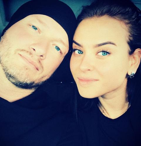 Никита Панфилов с избранницей Ксенией