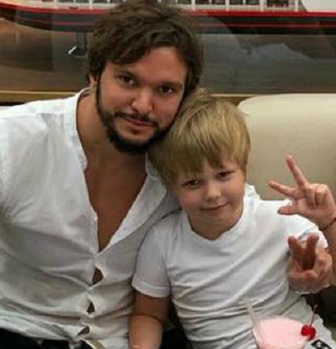 Антон Гусев с сыном