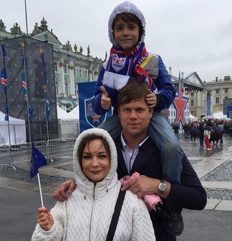 Татьяна Буланова с бывшим мужем Владиславом Радимовым и сыном Никитой