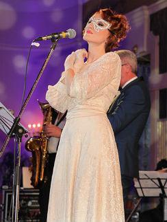 Звезды мюзиклов встретят Новый год на праздничном балу в «Метрополе»