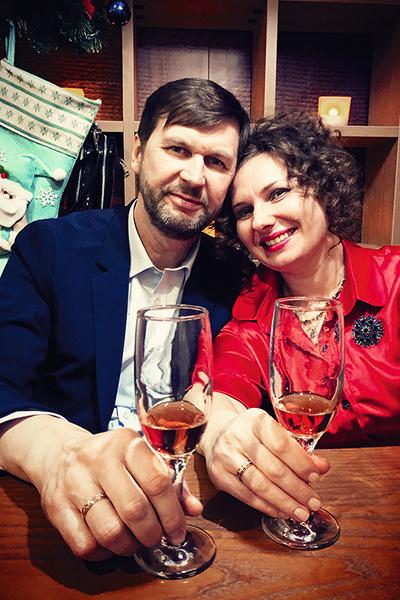 В январе Анастасия вышла замуж за фотографа Дмитрия Дубинского