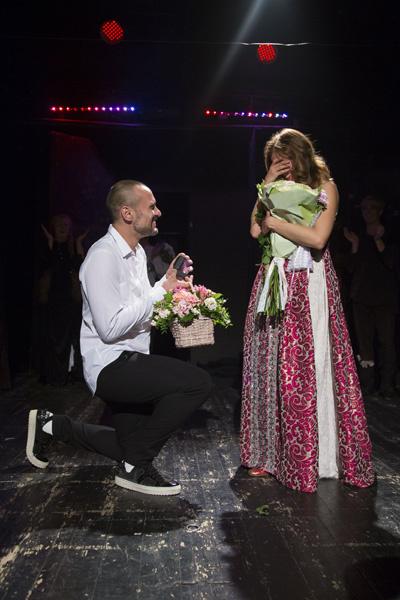 Руслан Панов сделал предложение Катерине Шпице прямо на сцене