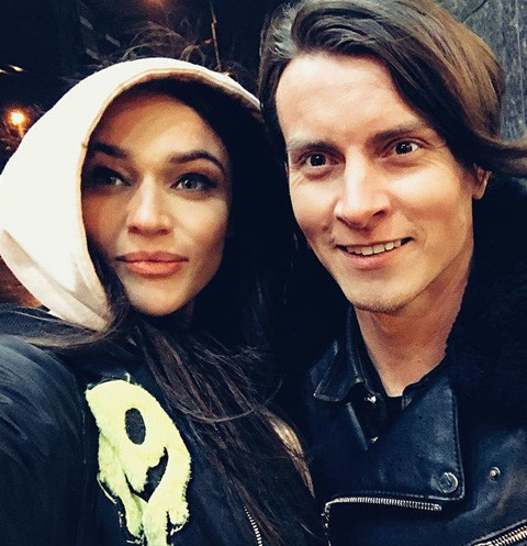 Алена Водонаева и Алексей Комов
