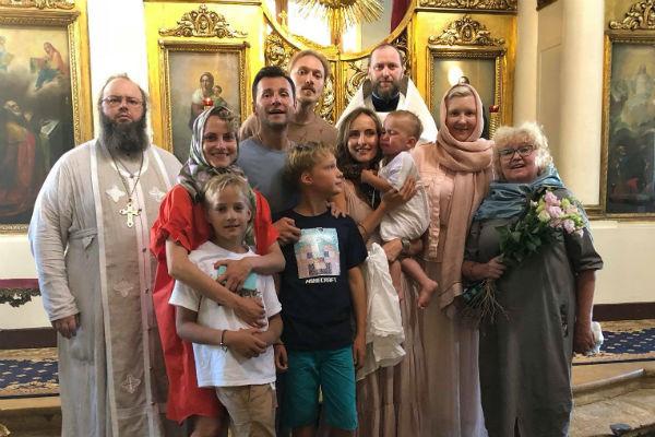 Вячеслав Манучаров стал крестным отцом сына Бегуновой