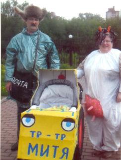 Светлана Ефимова  из Иванова с мужем  и внуком на Параде  колясок