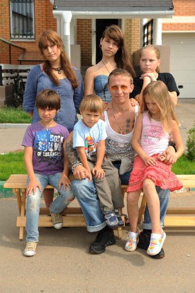 Иван Охлобыстин с детьми