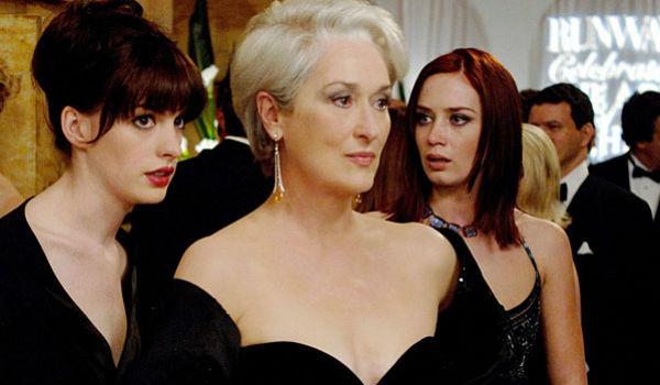 Энн Хэтэуэй, Мэрил Стрип и Эмили Блант. Кадр из фильма «Дьявол носит Prada»