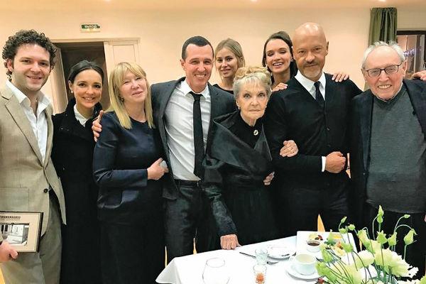 Андреева стала почетной гостьей на творческом вечере мамы Федора Ирины Скобцевой
