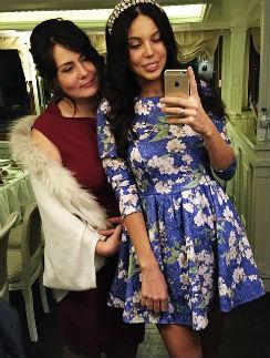 Оксана Самойлова с мамой