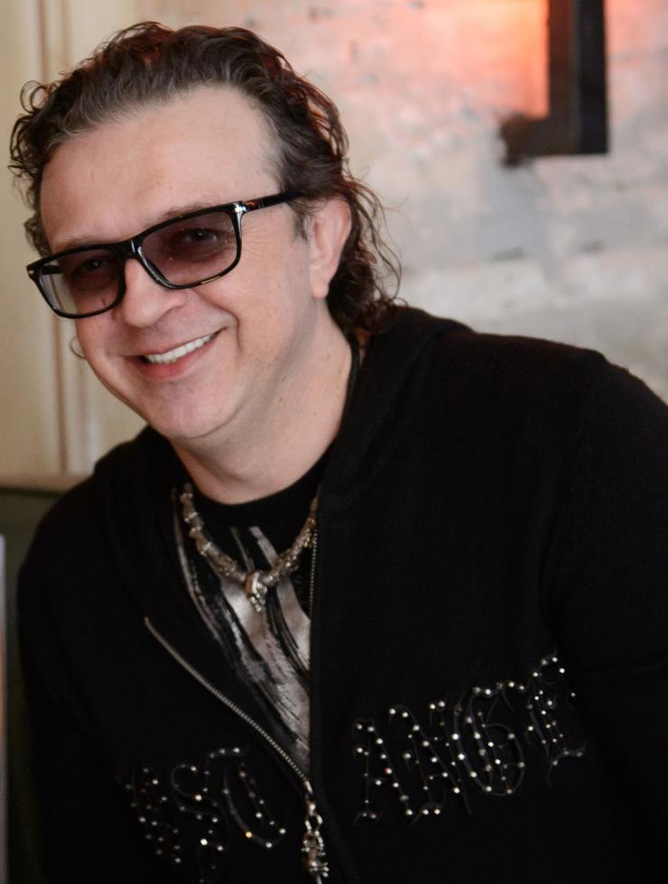 Поп-звезда конца 80-х Роман Жуков