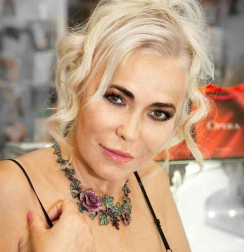 Юлия Шилова закрутила новый роман через три месяца после смерти мужа