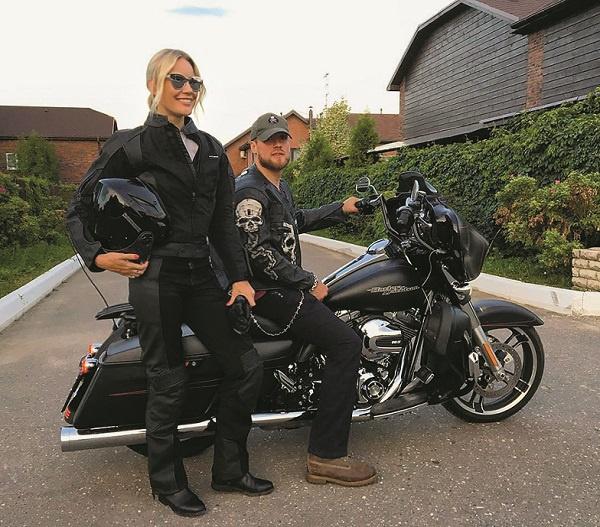 Этим летом Елена и Юрий планируют объездить на железном коне Европу