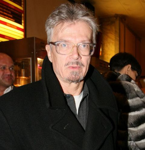 Больной Эдуард Лимонов сбежал из клиники